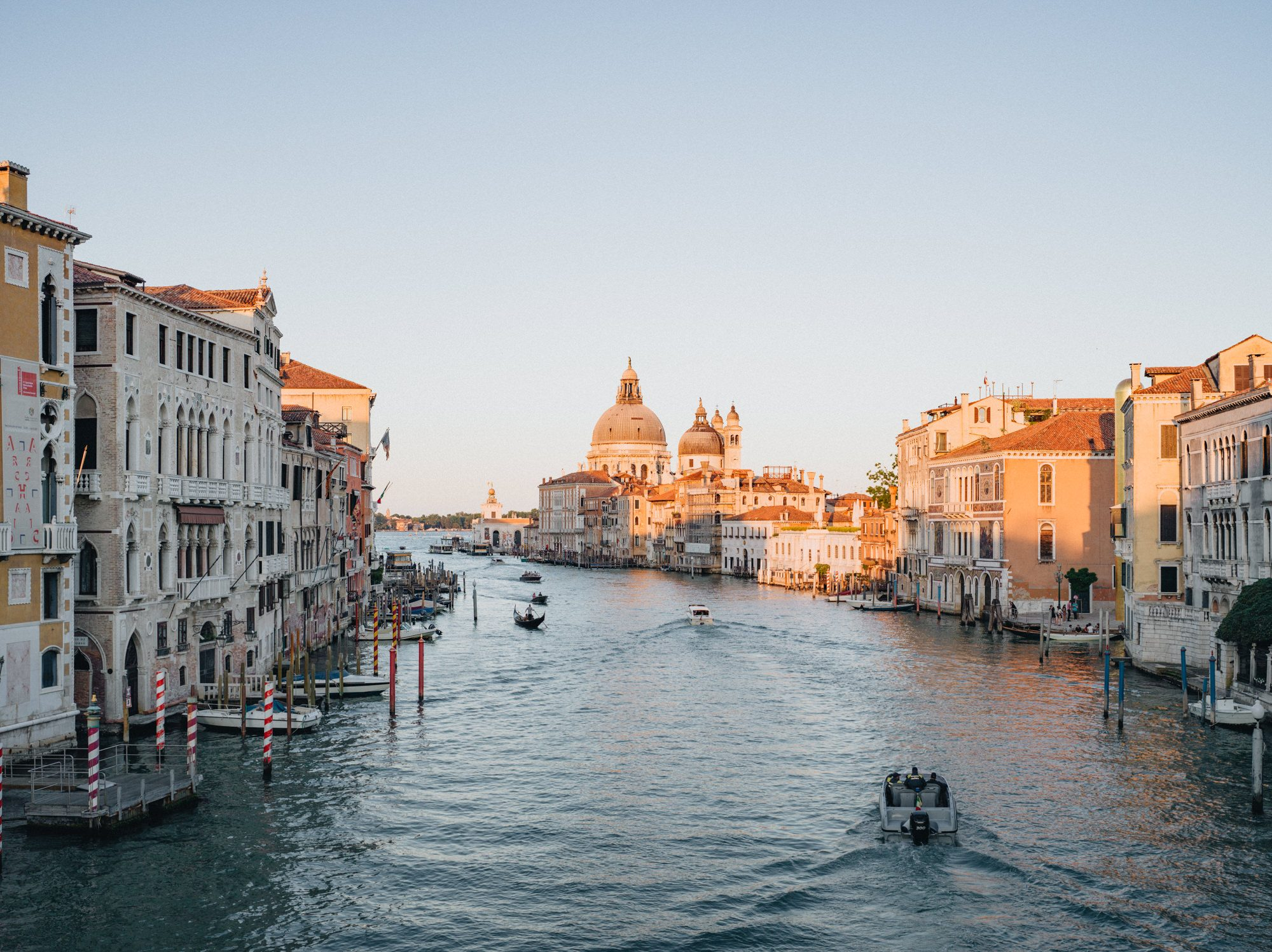 Venice_photographed_by_Julius_Hirtzberger_21