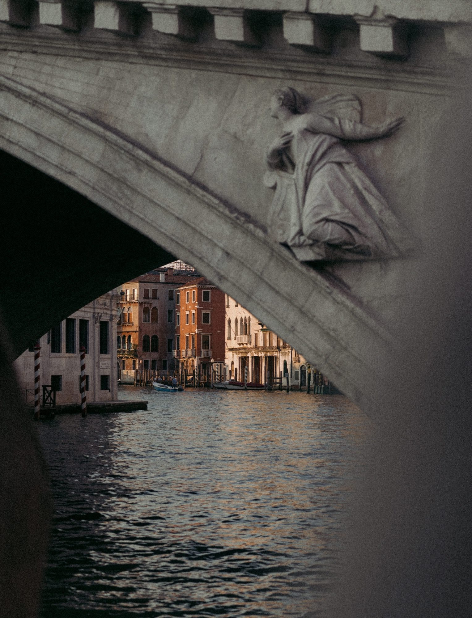 Venice_Italy_photographed_by_Julius_Hirtzberger-1-1