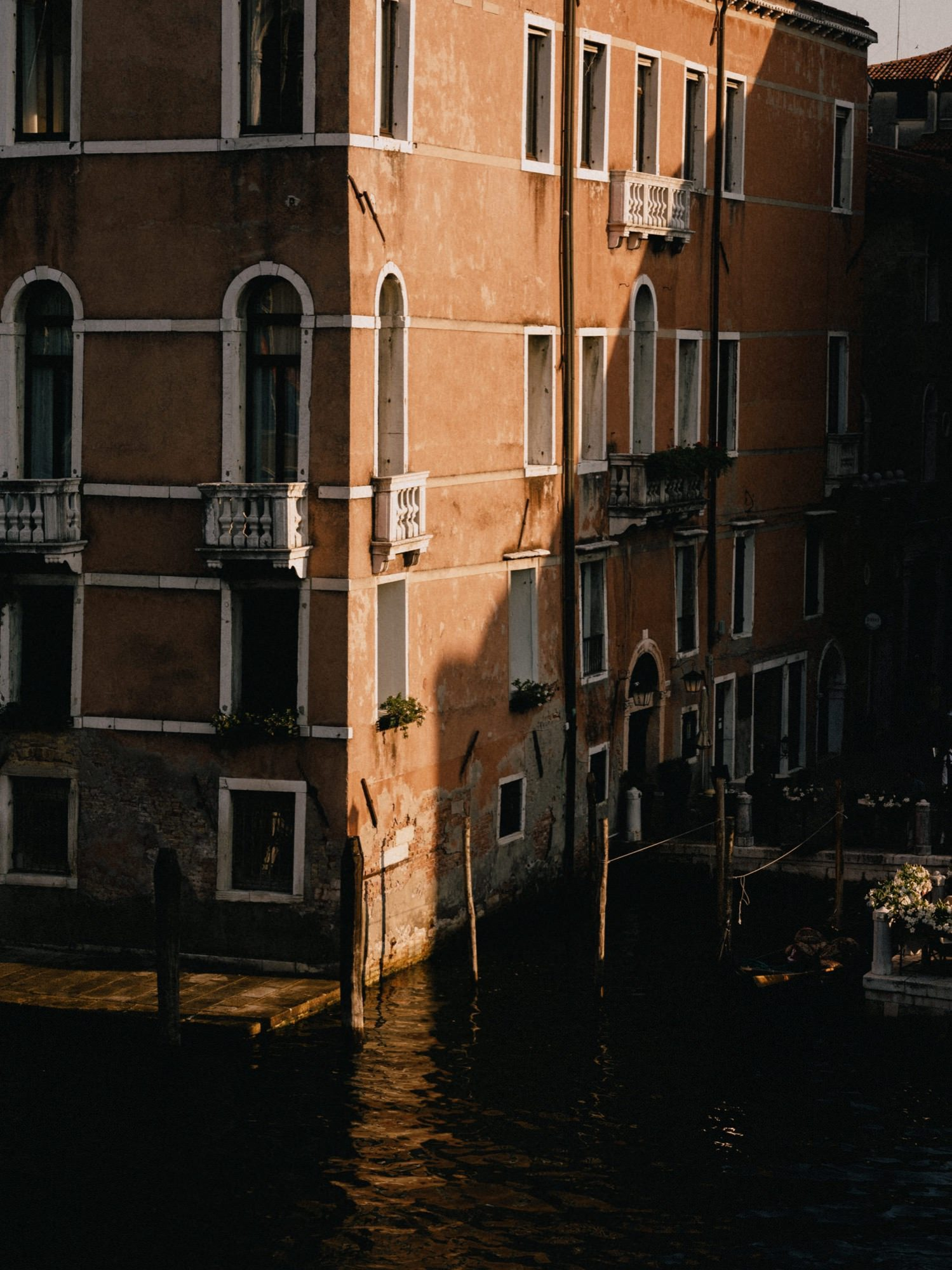 Venice_Italy_photographed_by_Julius_Hirtzberger-96